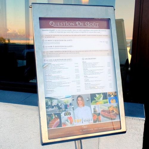 panneau extérieur menu design restaurant